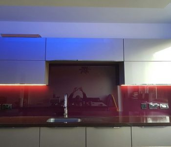 kitchen walls glass splashbacks design 20