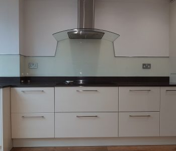 kitchen walls glass splashbacks design 43