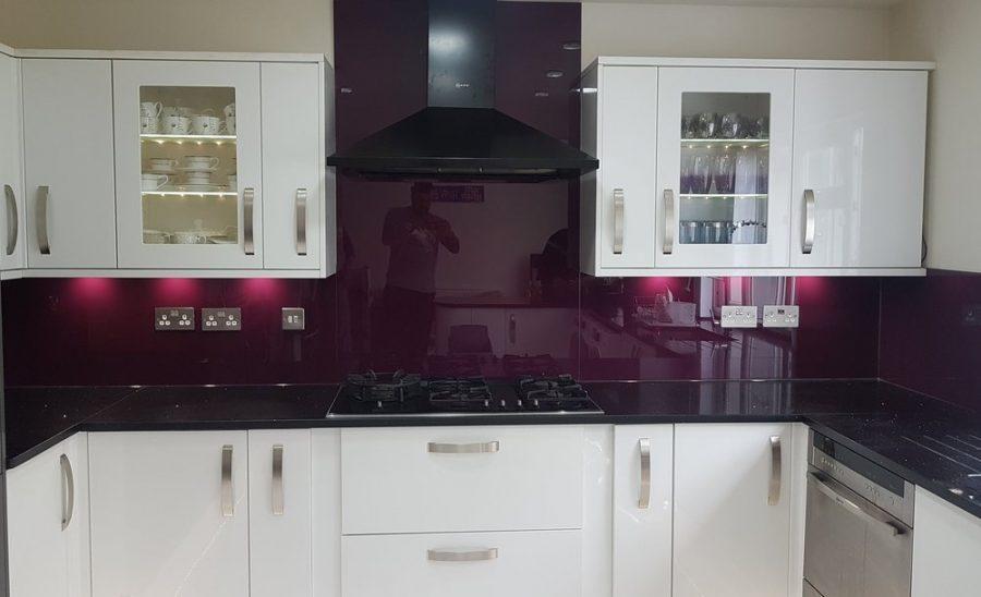Aubergine glass for the kitchen walls