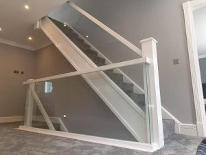 corner detail glass balustrades